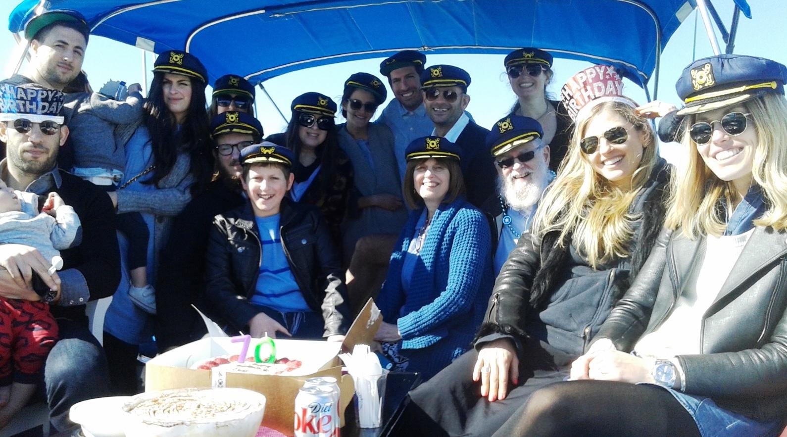 sunshine-boating-40-cruiser-familypic