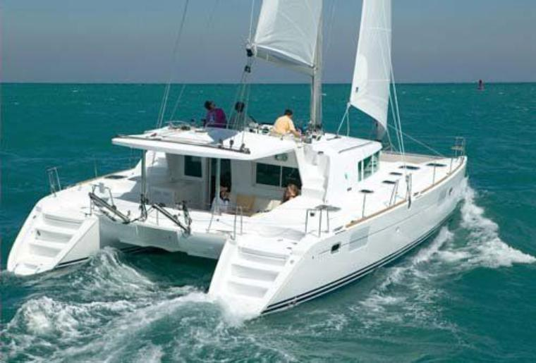Sunshine Boating 44 Lagoon Catamaran