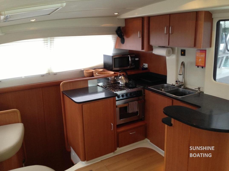 46-leopard-sunshine-boating-b