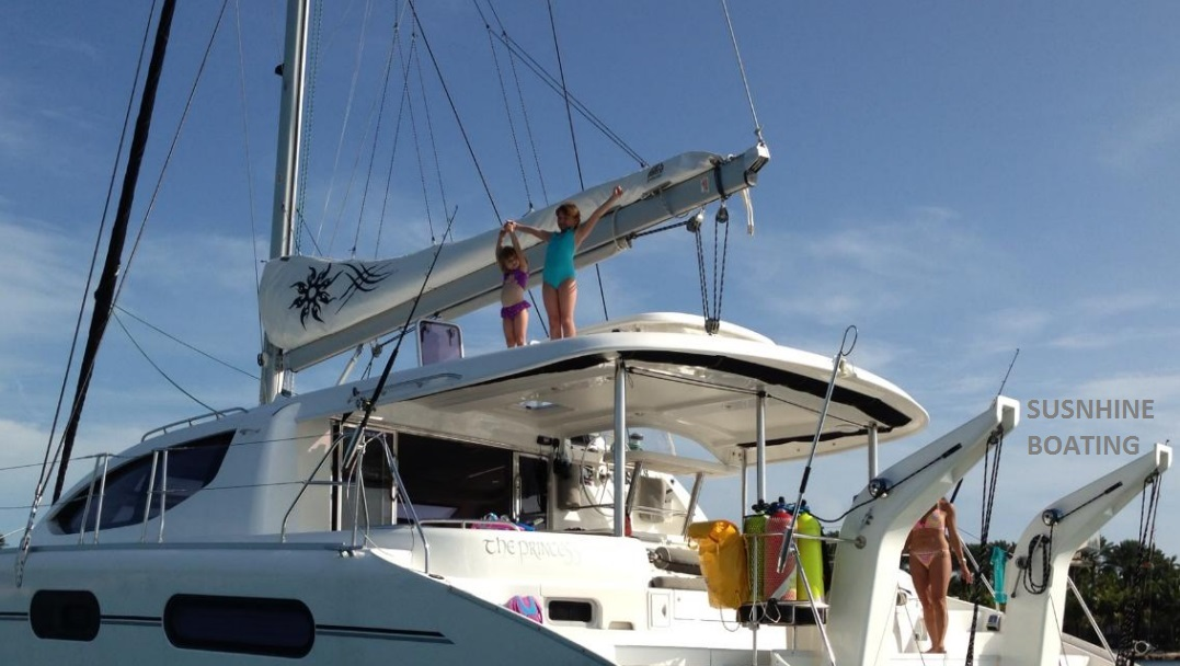 46-leopard-sunshine-boating-j