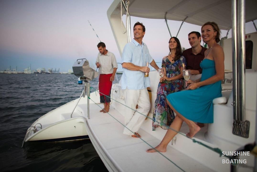46-leopard-sunshine-boating-o
