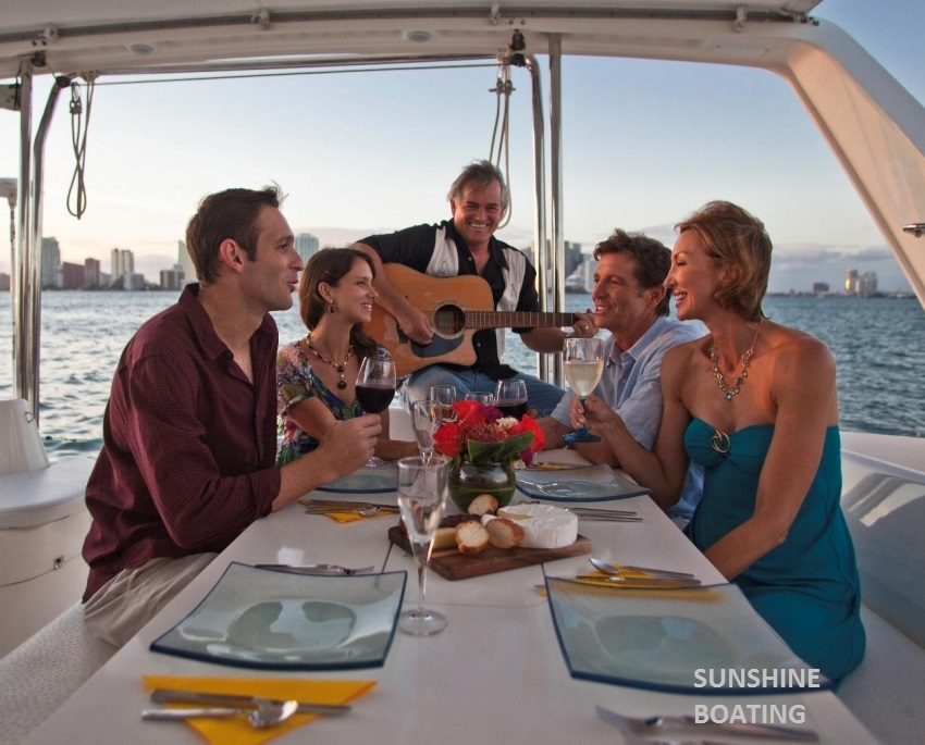 46-leopard-sunshine-boating-p