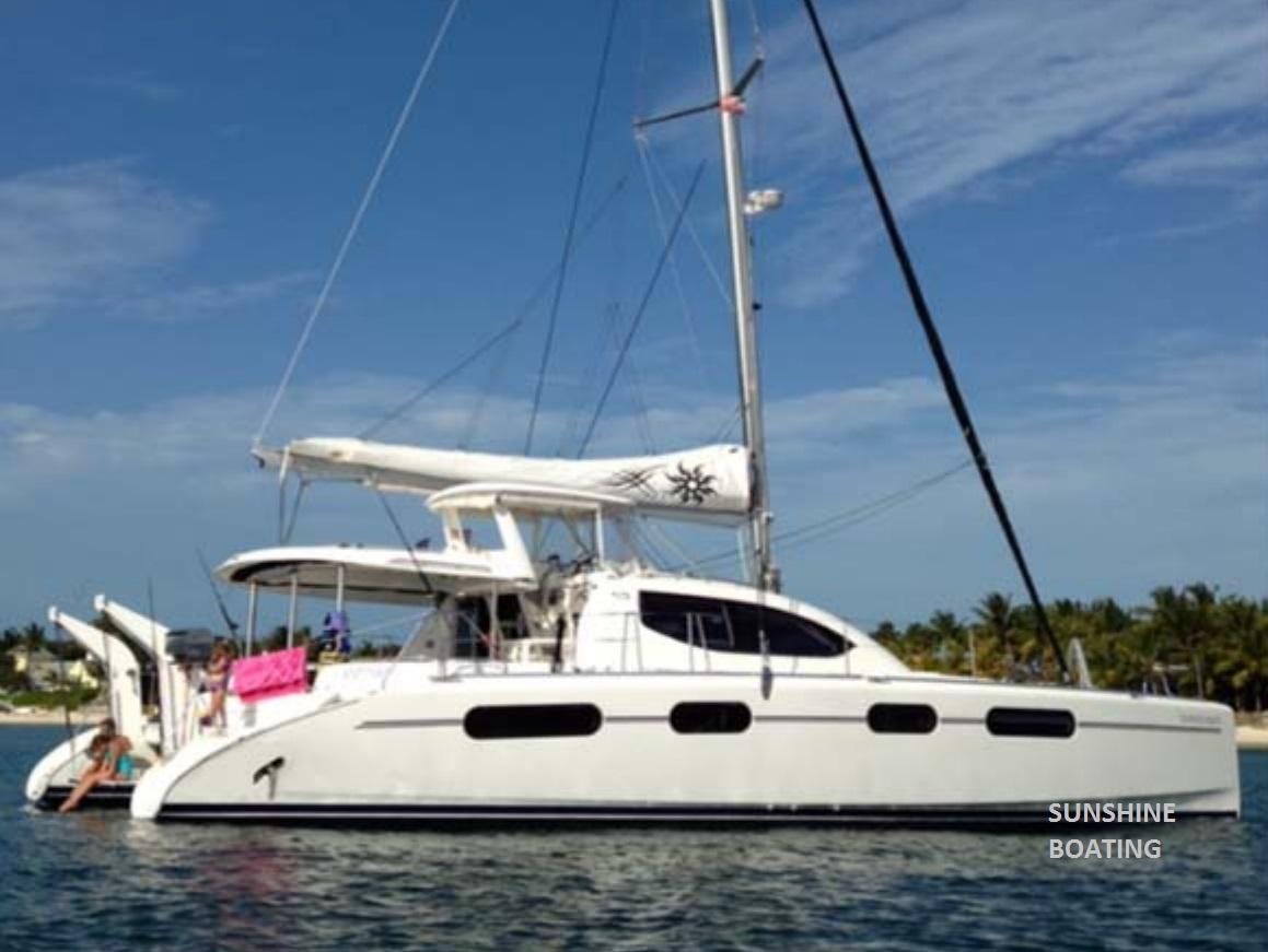 46-leopard-sunshine-boating-t
