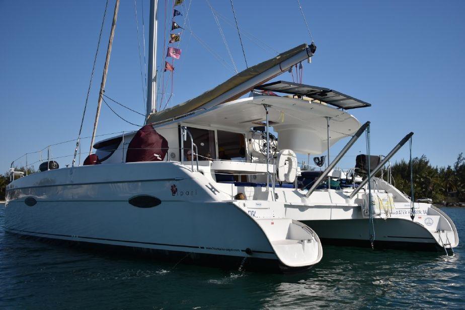 sunshine-boating-cat-41-fp-f