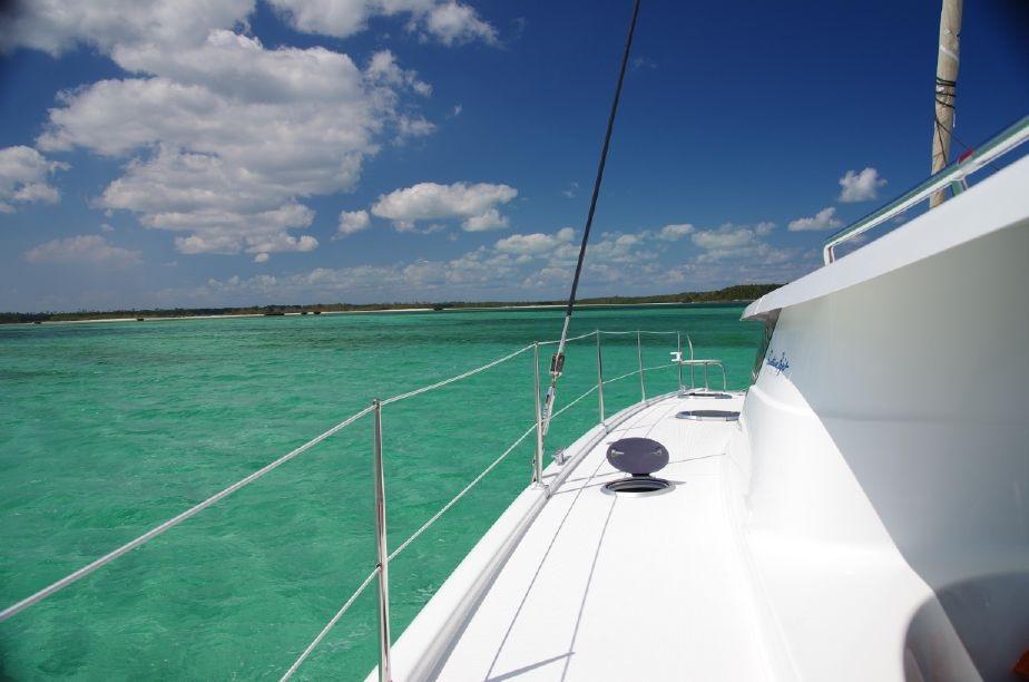 sunshine-boating-cat-41-fp-j