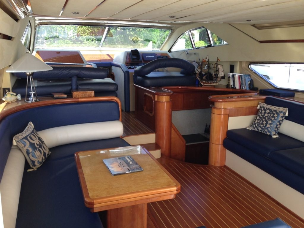 sunshine-boating-ferretti-57-b
