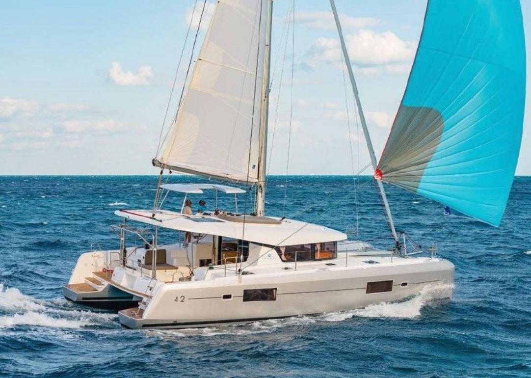 Sunshine Boating 42 Lagoon Catamaran
